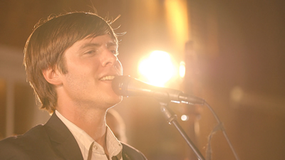 Gallatin Canyon male singer performing live for wedding party