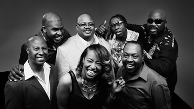 Soul Expressions promotional photo casual with the entire band